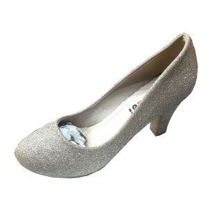 حذاء نسائي كعب مسطح لماع بلون بيج