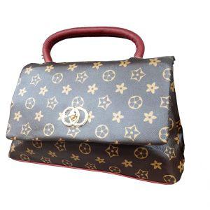 حقيبة يد نسائية تصميم عصري لون بني غامق