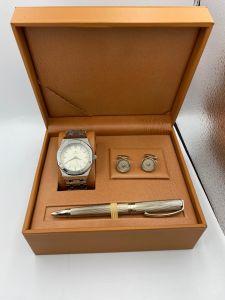 لويس نايس - طقم ساعة و قلم  وكبك فضي